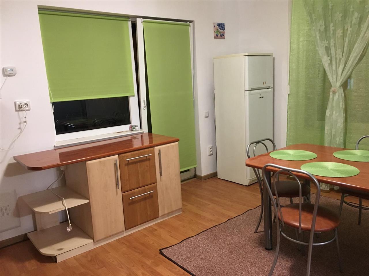 Apartament cu 3 camere, Europa, bloc nou tip vila