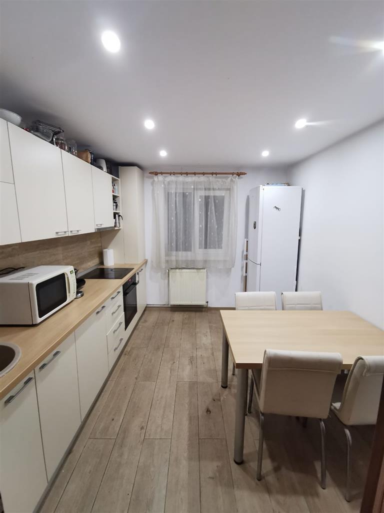 Apartament cu 3 camere de inchiriat, Marasti, strada Fabricii de Zahar